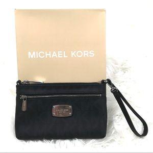 Michael Kors Wristlet Bag MK Logo Zipper Purse New